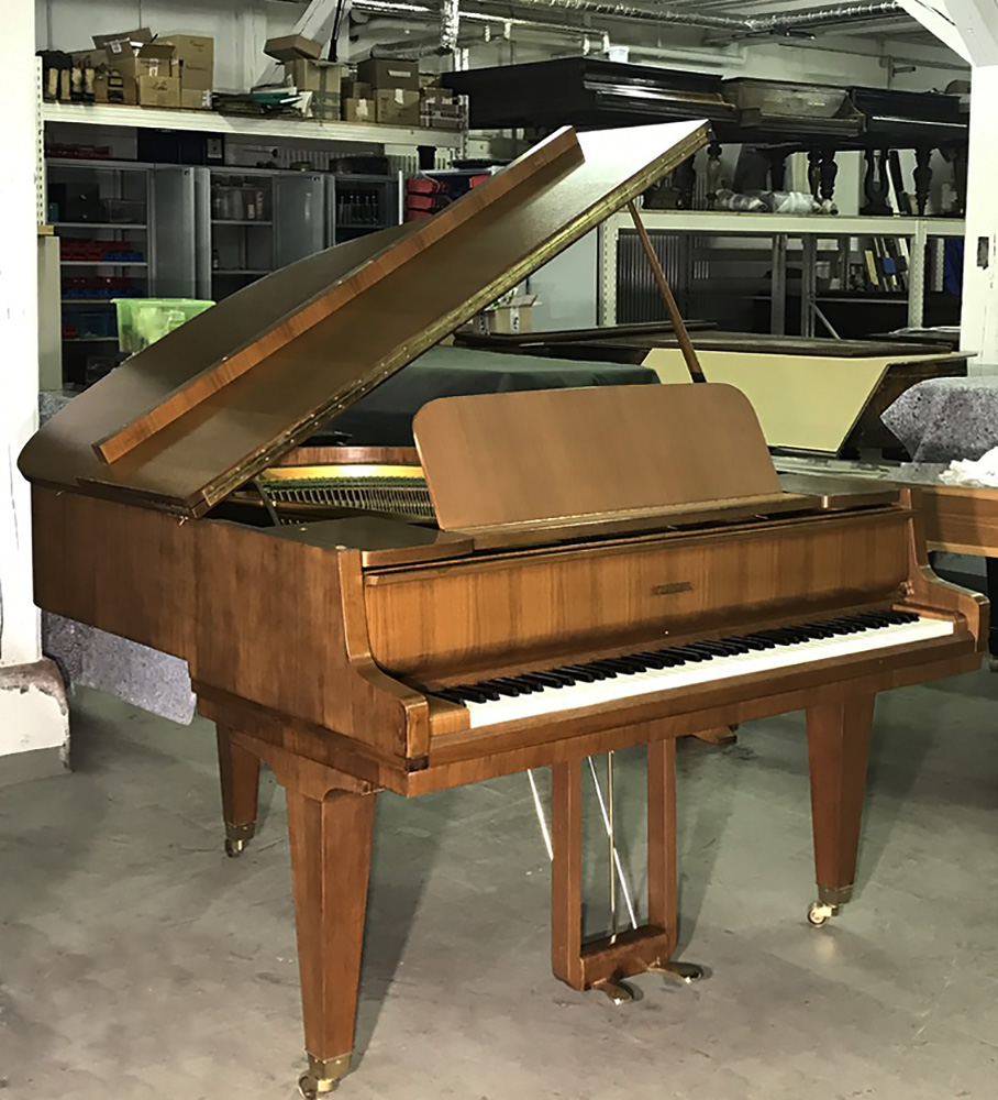 Schimmel baby grand piano serial number 70650 Circa 1964 – Palace Pianos